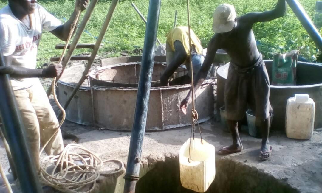 Pozzi per l'acqua in Africa