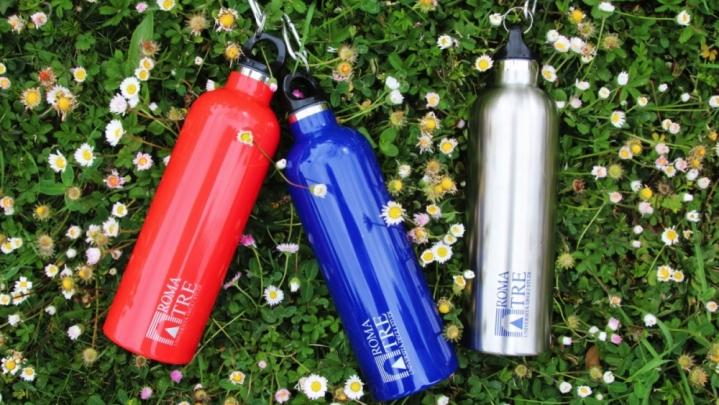 Bottiglie ecologiche in alternativa alla plastica